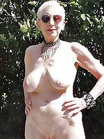 Adored old cougar posing naked
